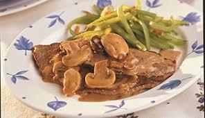 cuisiner escalope de veau escalope de veau de grain du québec aux chignons recettes du