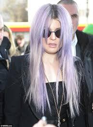 does megjan kelly wear hair extensions kelly osbourne displays new hair extensions after sporting stunted