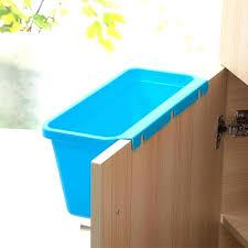 plastique cuisine poubelle cuisine poubelle cuisine plastique