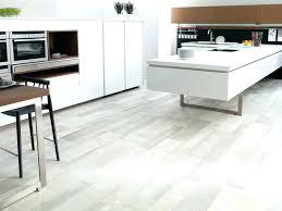 revetement de sol pour cuisine sol cuisine carrelage sol pour cuisine 3270017 sol cuisine