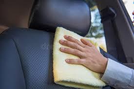 nettoyage siege de voiture siège de voiture de nettoyage image stock image du service cuir