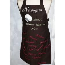 tablier cuisine personnalisé pas cher tablier de cuisine personnalisé brodé par des prénoms et motif