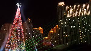 largo central park christmas lights christmas tree lights show at central park youtube