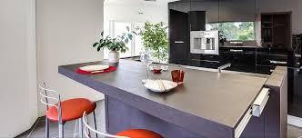 cuisine avec presqu ile création de cuisines et aménagements intérieurs vers sarzeau