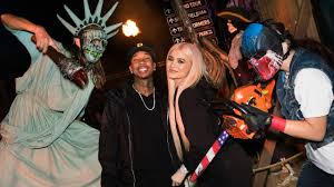 halloween horror nights calendar kylie jenner and tyga enjoy u0027halloween horror u0027 date night see