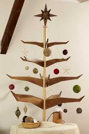 alternative tree design ideas carved wood trees for