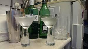 martini clear the great debate u2013 shaken vs stirred one for the road u2026