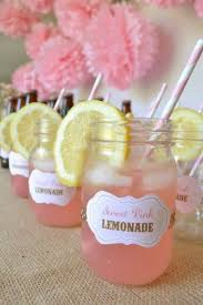 wedding gifts for guests ideas 27 coolest drinkable wedding guest favors weddingomania weddbook