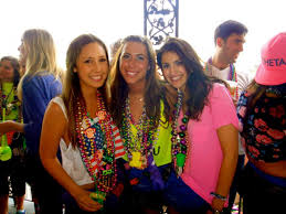 mardi gras things what it s like to go to mardi gras in new orleans business insider