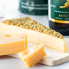 cheese gift straffe hendrik tripel and reypenaer cheese gift set