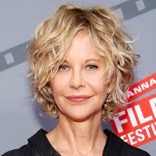 meg ryan s hairstyles over the years meg ryan s changing looks instyle com
