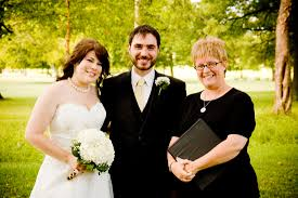 wedding officiator stl wedofficiant minister carolyn burke st louis wedding