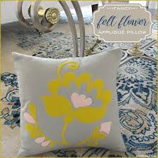 fancy felt flower appliqué pillow janome america sew4home