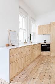 cuisine bois blanc beautiful cuisine noir et blanc et bois pictures design trends chic