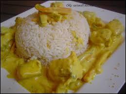 cuisiner la lotte au curry lotte au curry lait de coco et ses juliennes de légumes by