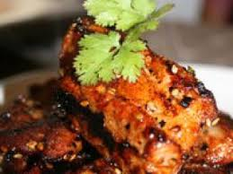 cuisiner travers de porc travers de porc wok n roll recette ptitchef