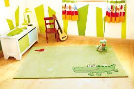 tapis pour chambre bébé tapis enfant savane avec jonc de mer chambre bebe idees et tapis
