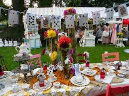 Mad Hatter Tea Party Centerpieces by Image Result For Alice In Wonderland Birthday Ideas Alice In