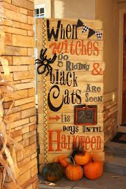 Diy Scary Outdoor Halloween Decorations Best 25 Halloween Signs Ideas On Pinterest Halloween Pallet