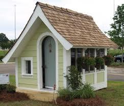 Backyard Playhouse Plans by Best 25 Backyard Playhouse Ideas On Pinterest Kids Clubhouse