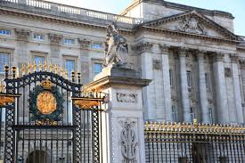 buckingham palace tour tickets with afternoon tea city wonders