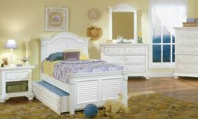 Twin Bed Room Cottage Traditions Twin Bed Dresser U0026 Mirror Twin Haynes
