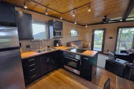 tiny house 500 sq ft tiny house 500 sq ft bold and modern 13 sq ft cabin makes the most