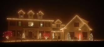christmas light decorating service christmas decor holiday decorating service perfectscapes com
