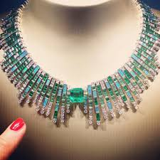 piaget bijoux so much amazingness in piaget s new sunlight journey collection