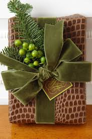 1244 best gift wrapping and bows images on wrapping