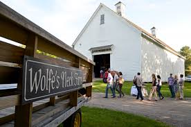 The Maine Dining Room Freeport Me Farm 2 Table Events Are Held At The Beautiful Mallet Barn At
