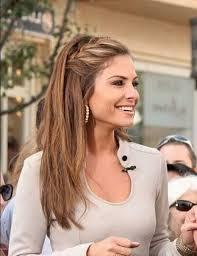 Einfache Frisur Lange Haare Rundes Gesicht by Mode Für Lange Frauen Eins90 Mode F R Lange Frauen Christiane