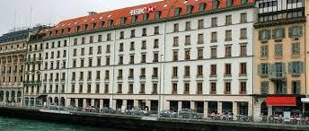 hsbc siege la suisse s inquiète enfin des agissements de la banque hsbc le point