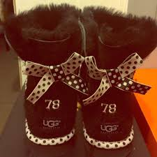 ugg mini bailey bow 78 sale 1 ugg boots uggs black mini bailey bow polka dot from
