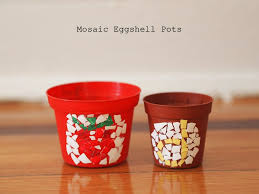 make eggshell mosaic pots pink stripey socks