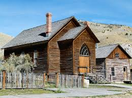 tips for visiting bannack ghost town on a montana road trip