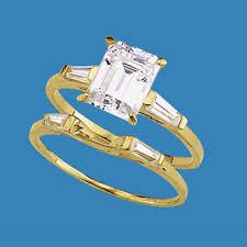 marquise cut wedding set 14k solid gold wedding set 1 5 carat essence emerald cut