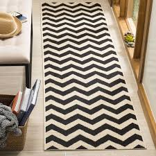 Safavieh Indoor Outdoor Rugs Safavieh Courtyard Chevron Black Beige Indoor Outdoor Rug Free