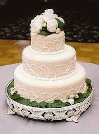 wedding cake on a budget affordable wedding cakes wedding corners