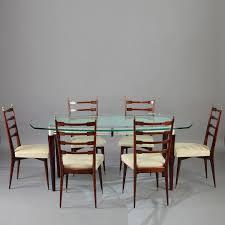 chaise design italien table de salle à manger et six chaises en acajou design italien