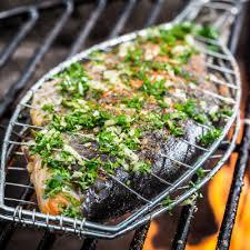 cuisiner truite enti鑽e truite entière aux légumes et aux graines de fenouil metro