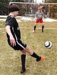 study girls u0027 concussion risk higher than for boys in some sports