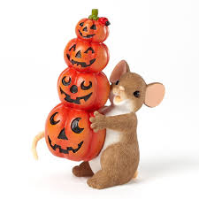 halloween pumpkin figurines and decorations for fall