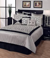 Brilliant  Black And White Bedroom Decorating Ideas Pictures - Black and white bedroom interior design