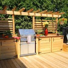 idee amenagement cuisine exterieure un patio avec cuisine extérieure un été rempli de soirées entre