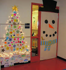 Christmas Decorations Supplies by Diy Office Christmas Decorating Ideas Diy Christmas Office Door