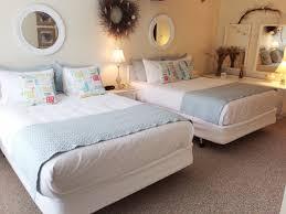 one or two bedroom suites in wells maine at elmwood resort hotel