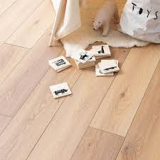 Laminate Floor Repair Paste Wembury Prairie Oak Laminate Flooring Woodpecker Flooring