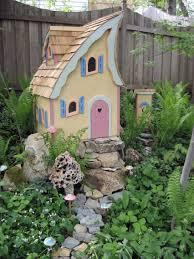 Garden Fairy House Round Solar Fairy House