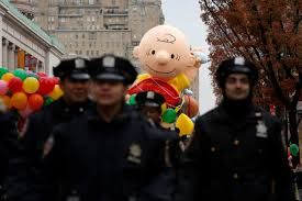 thanksgiving day parade macys macy u0027s thanksgiving day parade videos at abc news video archive at